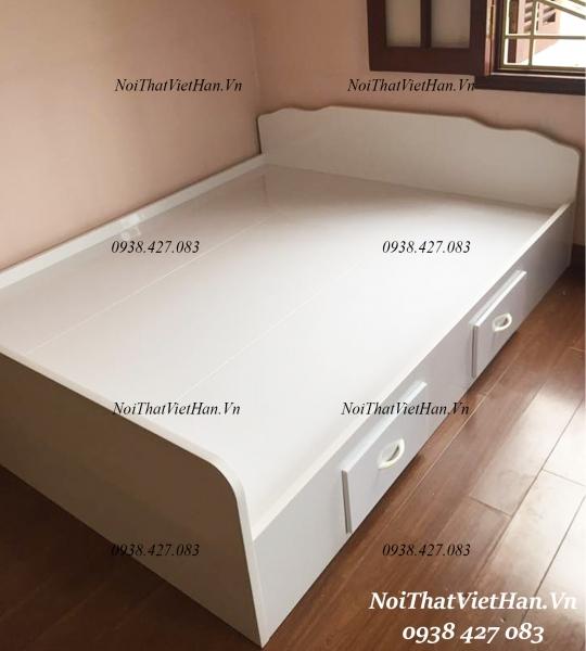 Giường nhựa màu trắng G21